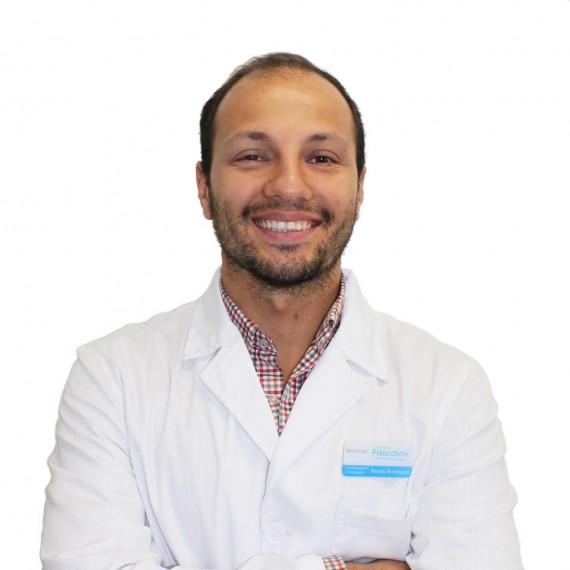 Dr. Jhonny Editado Branco Cara01