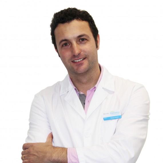 Dr. Sergio Editado Branco Cara