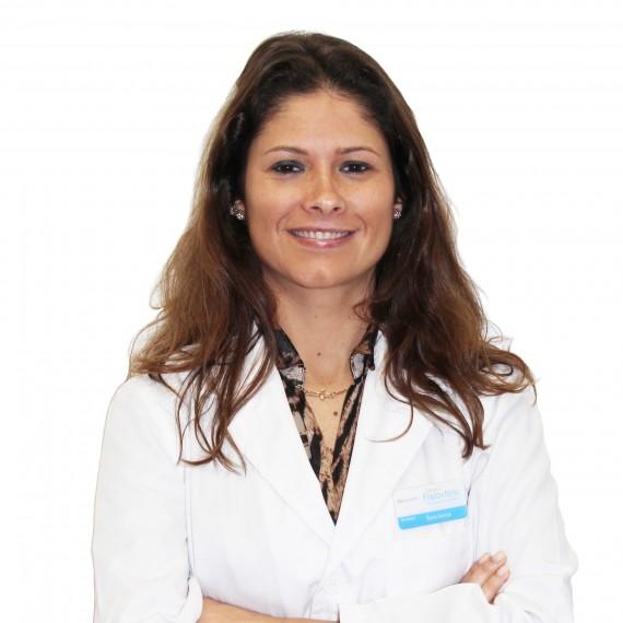 Dra. Sara Ferraz Editado Branco Cara